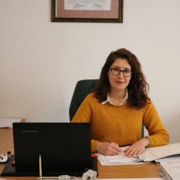 Avukat Burcu Çetin